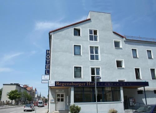 Regensburger Hof - Hotel & Pension Garni