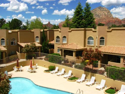 Sedona Springs Resort, a VRI resort Photo