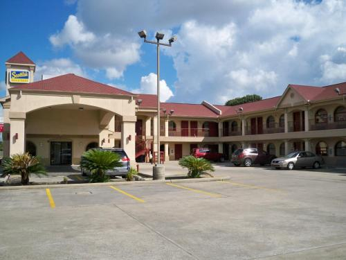 Scottish Inn and Suites Beaumont Photo