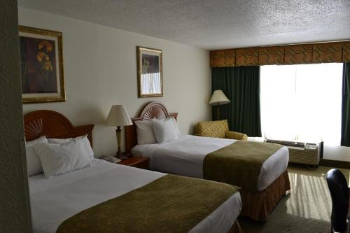 Jameson Inn & Suites Photo