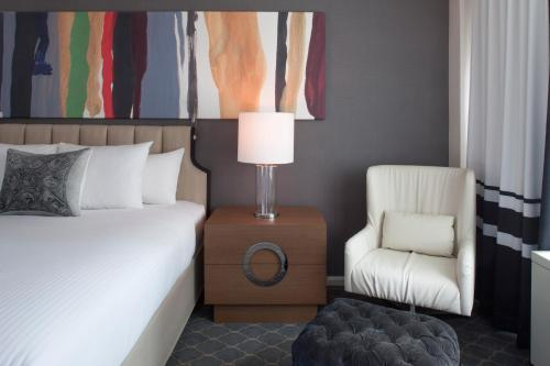 Fifty NYC-an Affinia hotel Photo