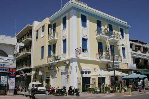 Amalia Hostel - Hotels in Greece