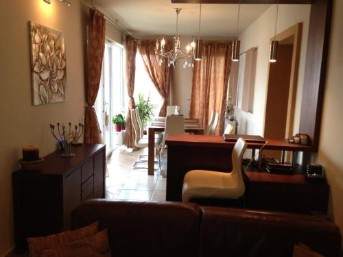 Brasov Penthouse Retreat photo 3
