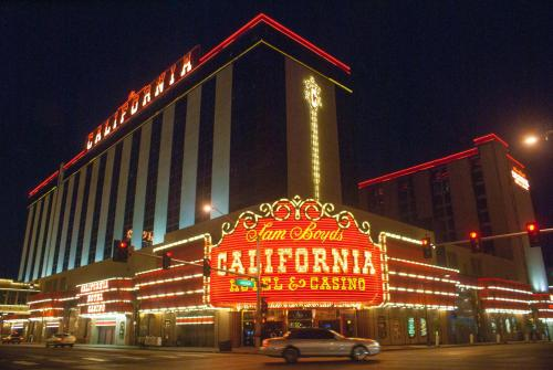 California Hotel and Casino Photo