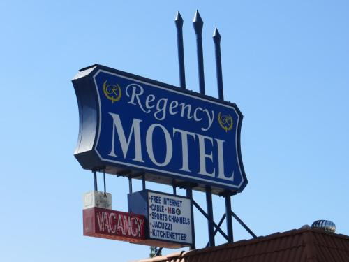 Regency Motel Photo