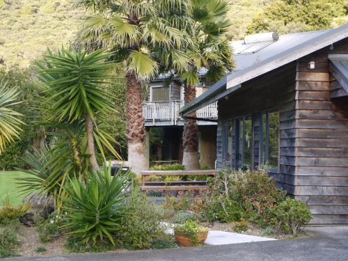 Bay of Islands Holiday Apartments