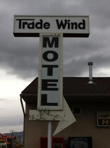 Trade Wind Motel Photo