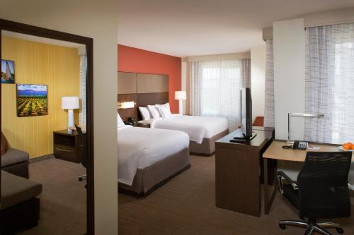 Residence Inn by Marriott Tustin Orange County Photo