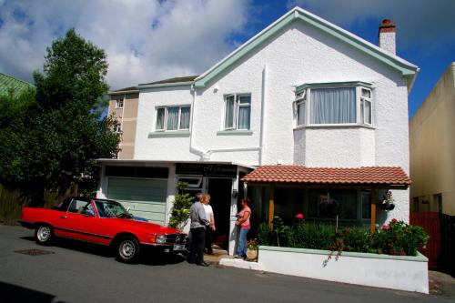 St. Francis Guest House (B&B)