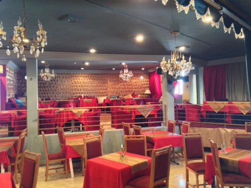 Appart Hotel Rodes Photo