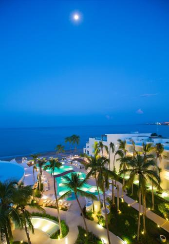 Hilton Puerto Vallarta Resort All Inclusive Photo