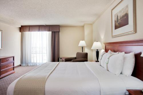 Holiday Inn Reno-Sparks Photo