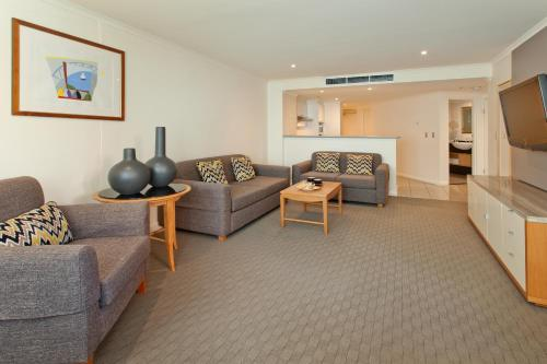 Radisson Hotel & Suites Sydney photo 21