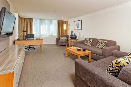 Radisson Hotel & Suites Sydney photo 20