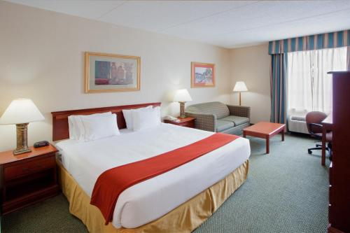 Holiday Inn Express Hanover Photo