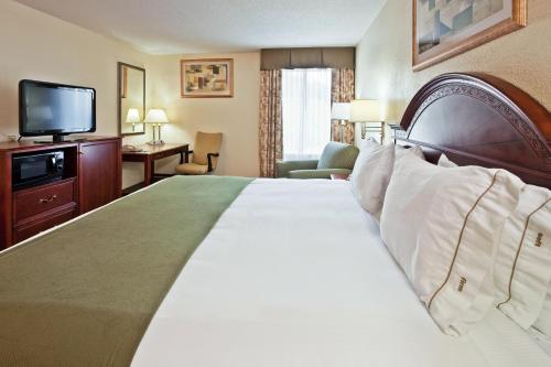 Holiday Inn Express Hotel & Suites Kimball Photo