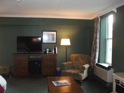 Rodeway Inn King William Huntsville Photo