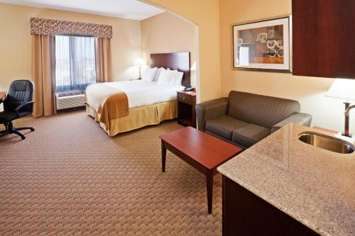 Holiday Inn Express Guymon Photo