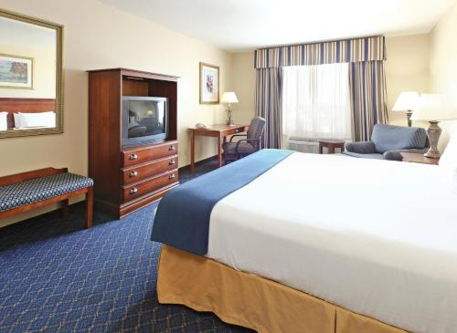Holiday Inn Express Hotels & Suites Mountain Home Photo