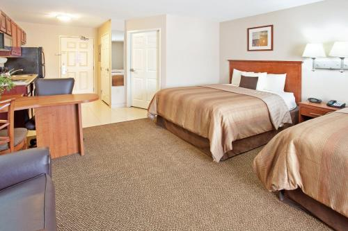 Candlewood Suites South Bend Airport Photo