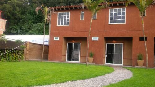 Bungalow Tepoztlan (Bed and Breakfast)