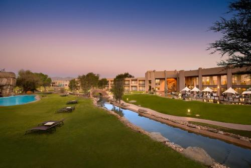 Windhoek Country Club Resort - windhoek -