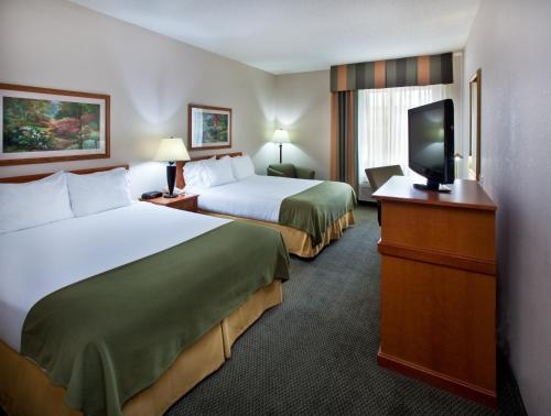 Holiday Inn Express Pella Photo