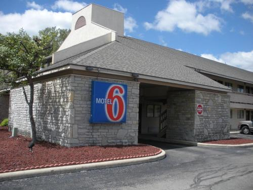 Motel 6 Dayton - Englewood Photo