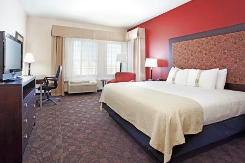 Holiday Inn Casper East - McMurry Park Photo