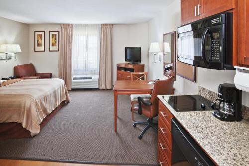 Candlewood Suites Ardmore Photo