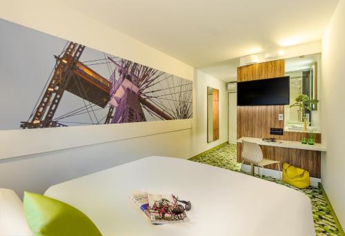 Ibis Styles Wien City photo 2