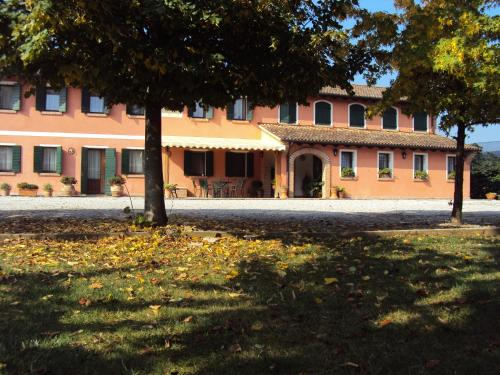 Paese hotels hotel booking in paese viamichelin for Meuble cortina quinto di treviso