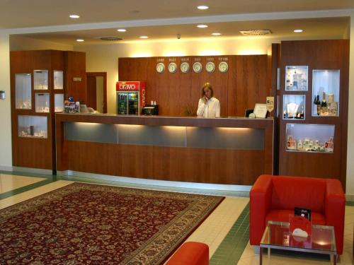 Ramada Airport Hotel Prague photo 4