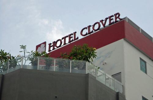 Hotel Clover 5 HongKong Street Photo