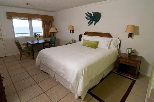 Ocean Isle Inn Photo