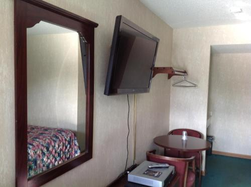 Budget Inn Hazelwood Photo