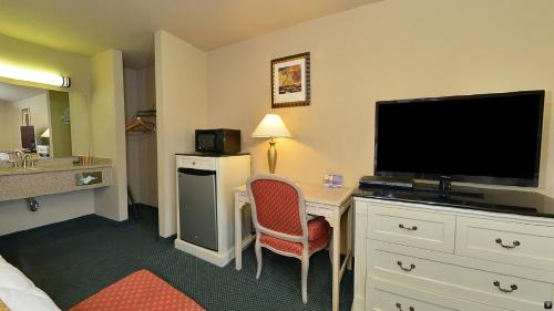 Lexington Inn & Suites Yuba City - Yuba City, CA 95991