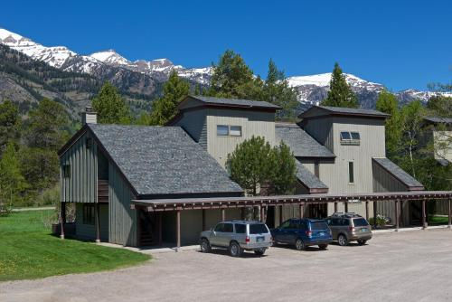 The Aspens Racquet Club Photo