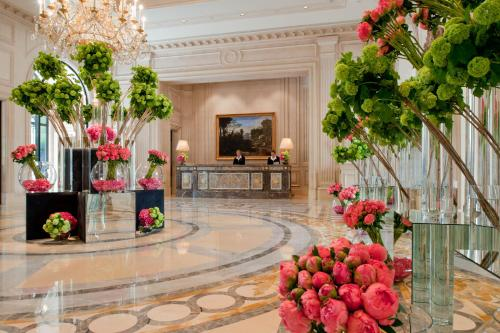 Four Seasons Hotel George V Paris photo 11