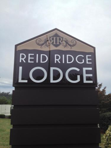 Reid Ridge Lodge Photo