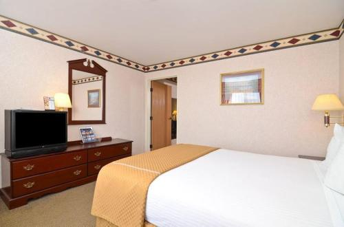 Best Western Inn and Suites Joliet Photo
