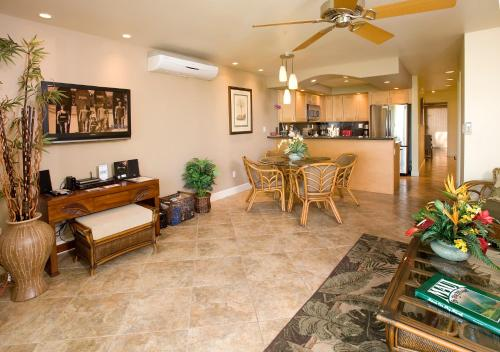 Maui Kamaole by Condominium Rentals Hawaii Photo
