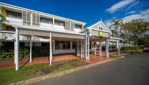ibis Styles Cairns photo 4