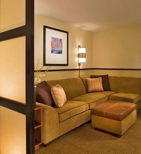 Hyatt Place Milwaukee Airport Photo