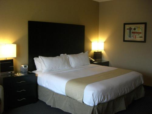 Holiday Inn St. Paul Northeast - Lake Elmo Photo