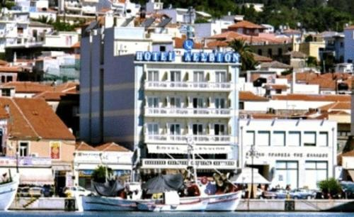 Lesvion Hotel - P. Kountourioti 27A Greece