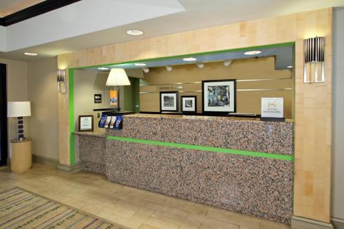 Hampton Inn Austin-South - I-35 & Ben White photo 15