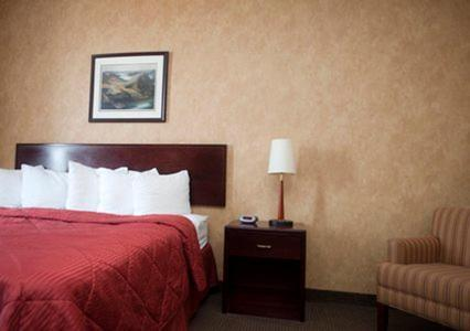 Comfort Inn Sturgeon Falls Photo