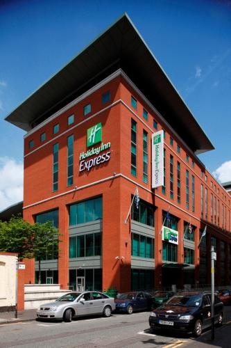 Photo of Holiday Inn Express Birmingham City Centre Hotel Bed and Breakfast Accommodation in Birmingham West Midlands