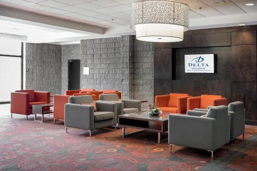 Delta Hotels by Marriott Saguenay Conference Centre Photo